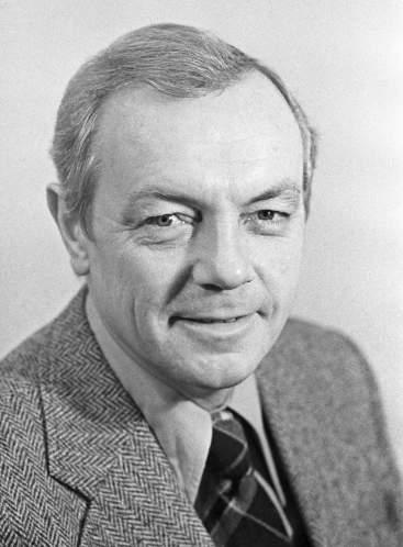 Кирилл  Лавров ()