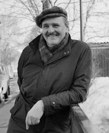 Юрий  Яковлев ()