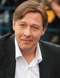 Михаил  Ефремов ()